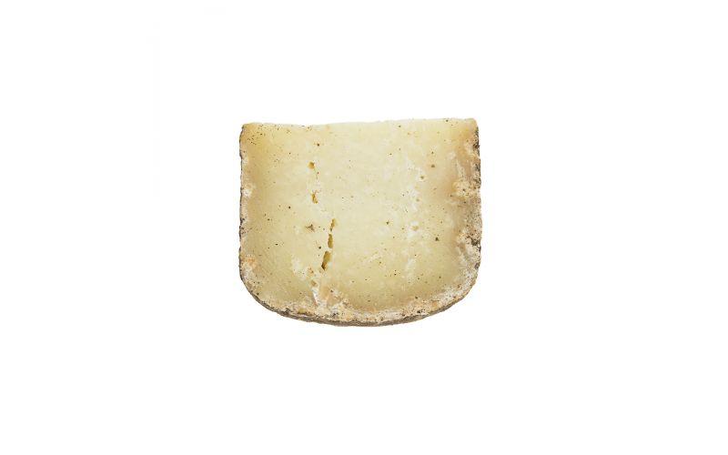 Pecorino Foglie Di Noce Cheese